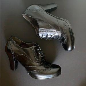 Nine West Vespuccic Leather Booties